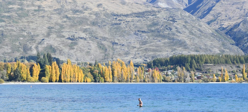 Close to Queenstown lies Lake Wanaka and other lakes and walks around the popular tourist destination. Photo: Getty Images