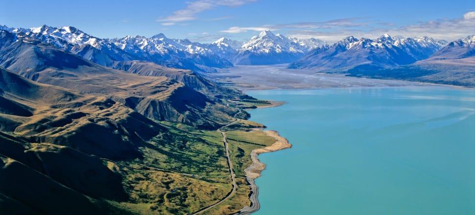 Lake Pukaki lies near the Aoraki/Mount Cook National Park. Photo: Getty Images