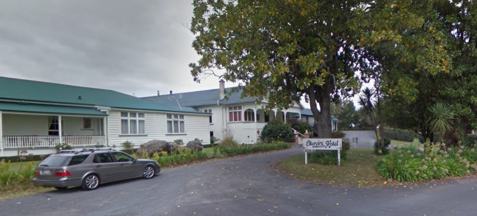 The Overseas Investment Office has ordered this Waikato hotel to be sold. Photo: Google Maps