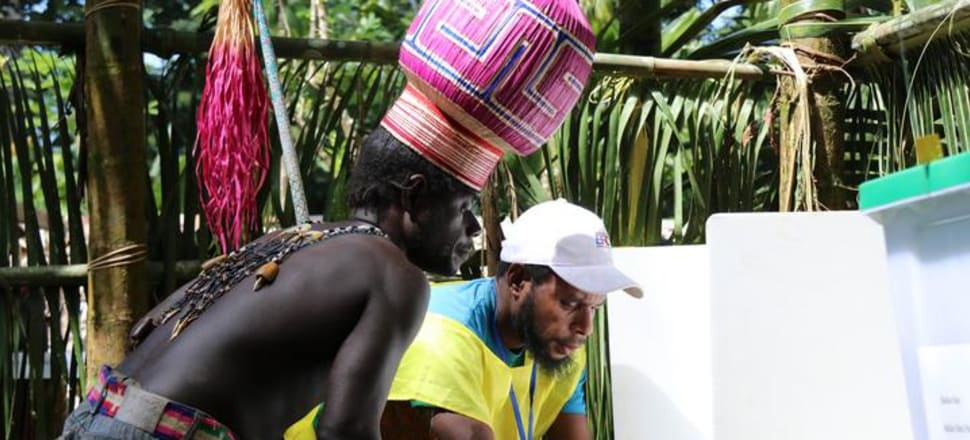 An Upe voter in the Bougainville Referendum. Photo: Bougainville Referendum Commission via RNZ