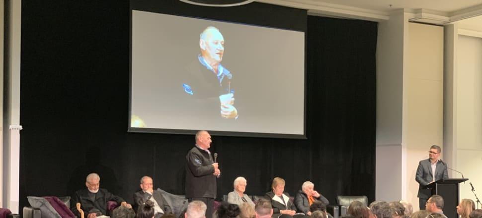 Sir Mark Solomon addresses the hui from the panel of kaumatua.  Photo: Bonnie Sumner