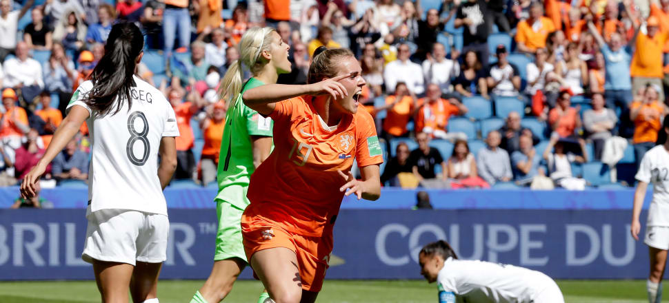 Jill Roord celebrates after nodding home the late winner in Le Havre. Photo: Getty Images