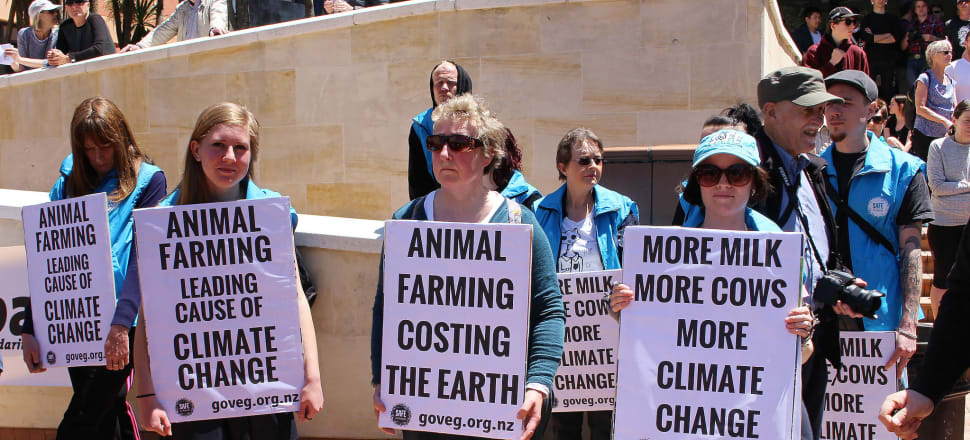 The Parliamentary Commissioner for the Environment has produced a report that is complacently soft on agricultural emitters, writes Rod Oram.
