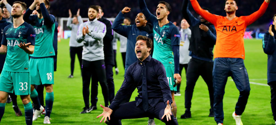 Tottenham manager Mauricio Pottentino and his players go absolutely bonkers after pulling off a dramatic late victory in Amsterdam. Photo: Getty Images
