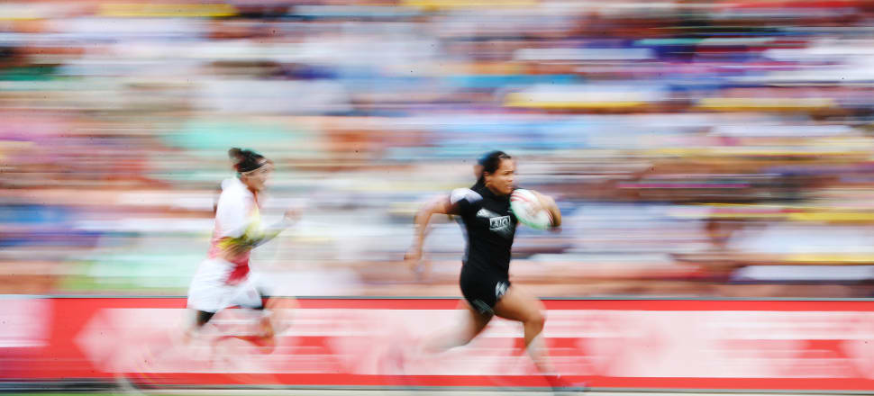 Black Ferns Sevens powerhouse Shakira Baker storming towards the try line at this year's Hamilton Sevens. Photo: Getty Images.