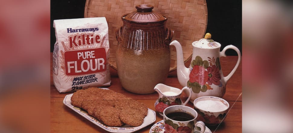1980s advertisement for Harraways Kiltie flour, featuring Anzac biscuits. (Marilyn Sharapoff Collection)