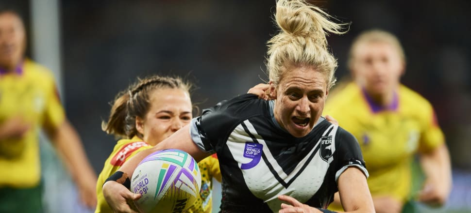 Jules Newman makes a break for the Kiwi Ferns on their way to victory in the inaugural World Cup nines final in 2019. Photo: Getty Images.