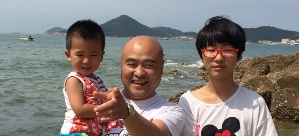 Xi Weiguo was killed in a car crash last month, now his widow says she's struggling to provide for their children. Photo: Supplied