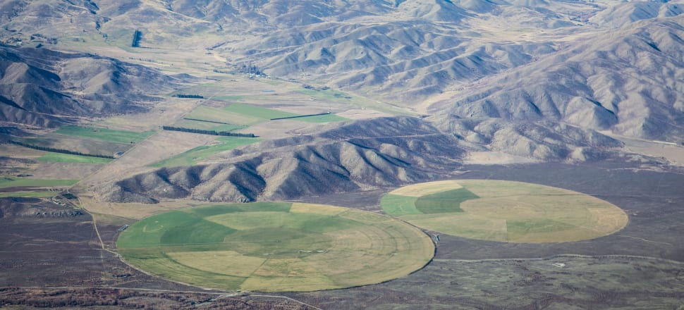 Pivot irrigators on glacial outwash in the Mackenzie Basin. Photo: Raewyn Peart