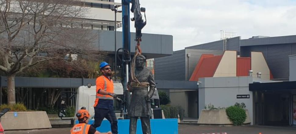 The statue of Waikato land wars captain, John Hamilton, being removed in his namesake city yesterday. Photo: RNZ