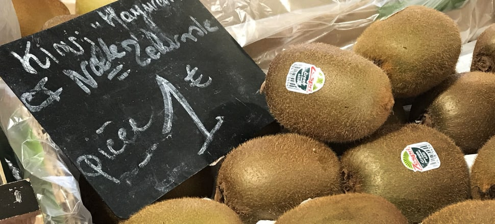 Kiwifruit for sale in Antibes market in France. Photo: Lynn Grieveson