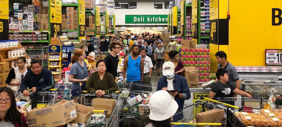 Wairau Park Pak'n'Save shoppers in huge queues as they panic-buy. Photo: Alexia Russell