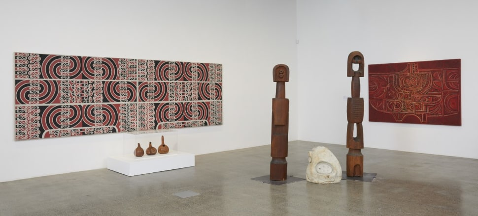 Installation view Split Level View Finder: Theo Schoon and New Zealand art at Te Uru Gallery, Titirangi. From left. works by Theo Schoon and right sculpture and painting by Paratene Matchitt. Photo by Sam Hartnett, courtesy of Te Uru