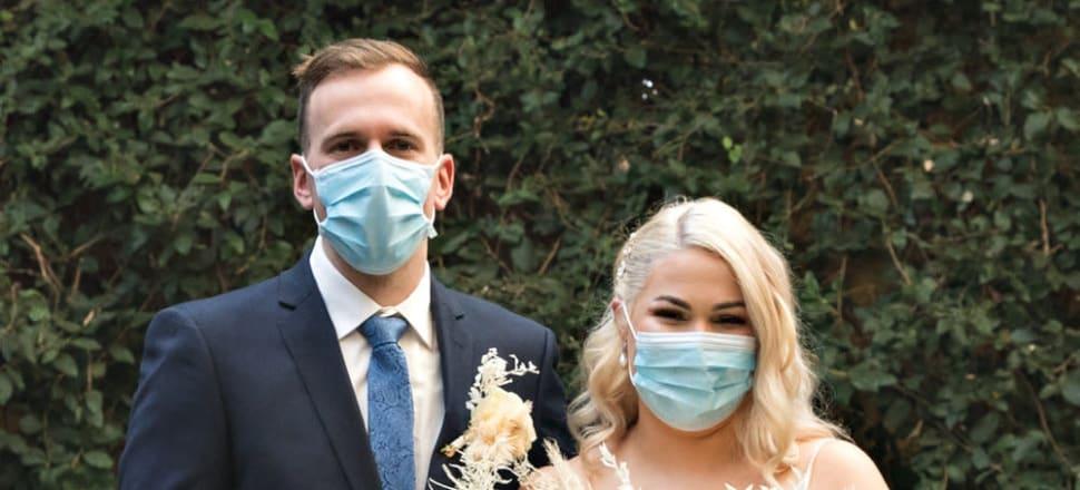 Echuca Couple Ties Knot In Covid 19 Wedding