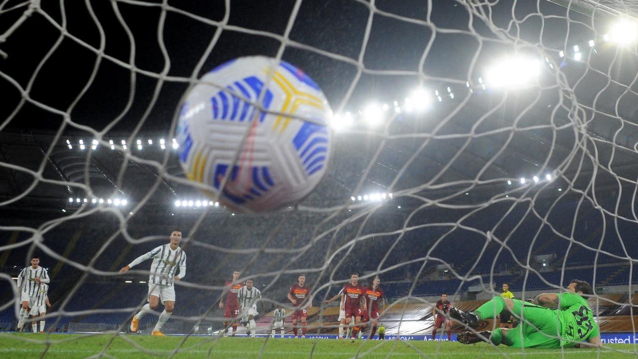 Juventus draw at Roma, Napoli hammer Genoa